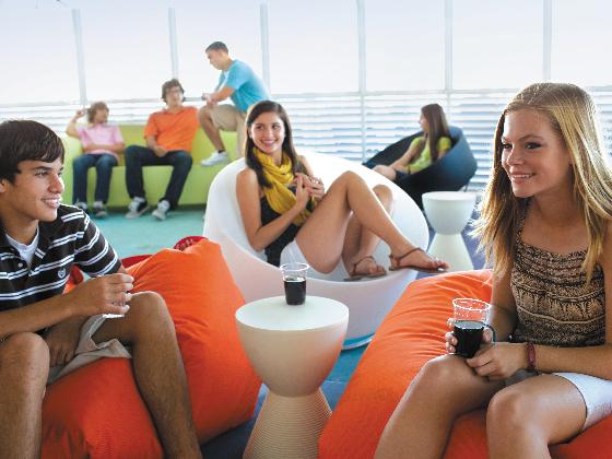 青少年中心(15-17歲)